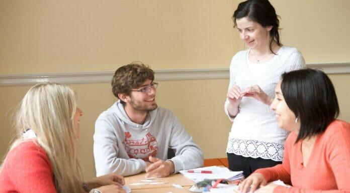 Sprachzertifikate–Cambridge IELTS TOEFL Klasse02