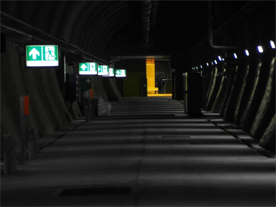 Gotthard Basistunnel 2361