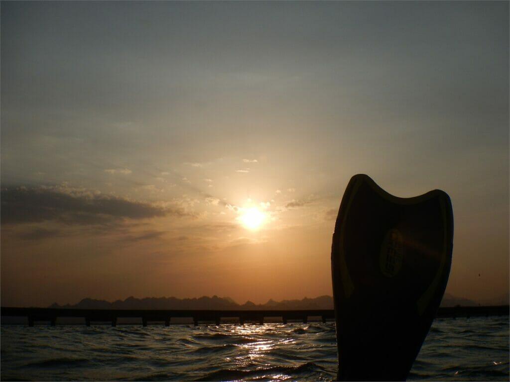 Schnorcheln während Sonnenuntergang in Soma Bay