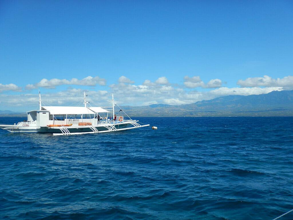 Apo Island Philippinen Ausflugsboot