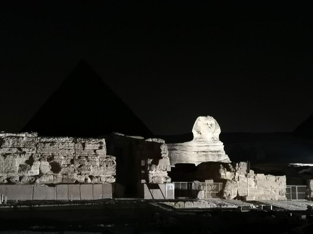 Lichtshow Pyramiden