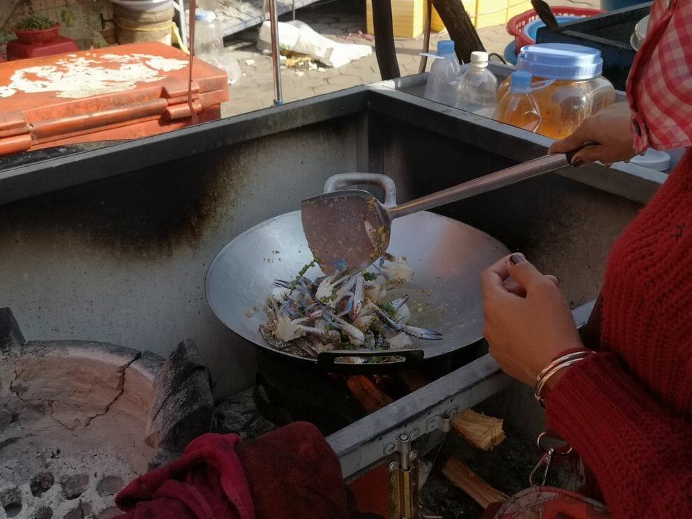 Krabben werden frisch gekocht